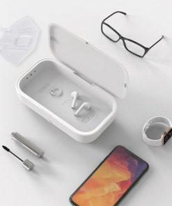 boîte désinfectante, UV, UV Plus, désinfection, virus, cellulaire, argent, écouteurs, bijoux, lunette, montre, stylo, crayons